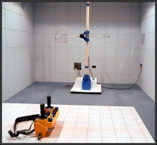 放射無線周波電磁界イミュニティ試験